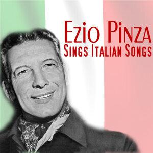 Sings Italian Songs