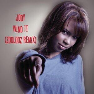 Wind It (Zoolooz Remix)