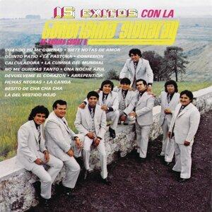15 Exitos Con la Sonorísima Siguaray de Ramiro Gómez B.