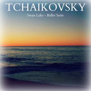 Tchaikovsky: Swan Lake - Ballet Suite