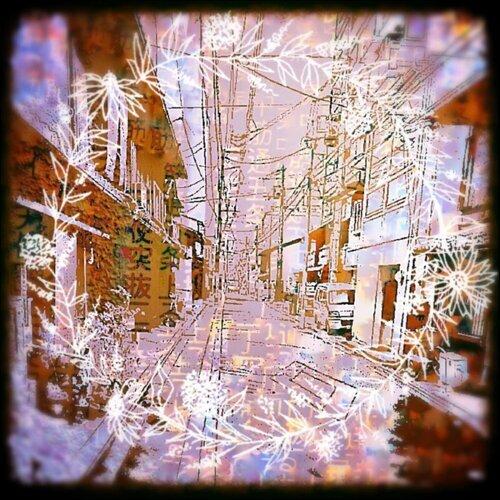 天使突抜 / Stupa (卒塔婆) (The street where angels pass through / Stupa)