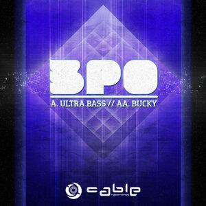 Ultra Bass / Bucky