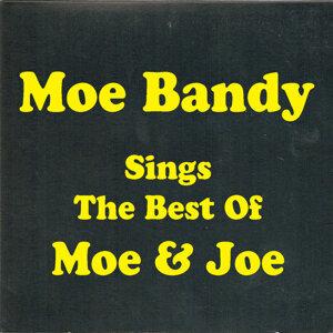 Sings The Best Of Moe & Joe