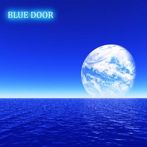 BLUE DOOR ~BLUE Dance Version~ (feat. メグッポイド)
