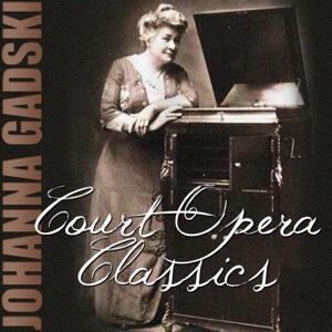 Court Opera Classics