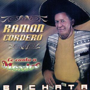 Le Canta a Mexico