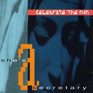 She's a Secretary (Gothic Dub)