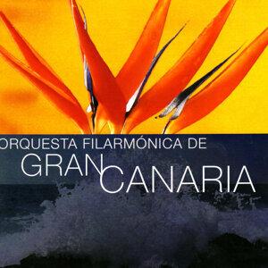 Orquesta Filarmonica de Gran Canaria plays Strauss, Lindtpaintner, Danzi & Lutoslawski
