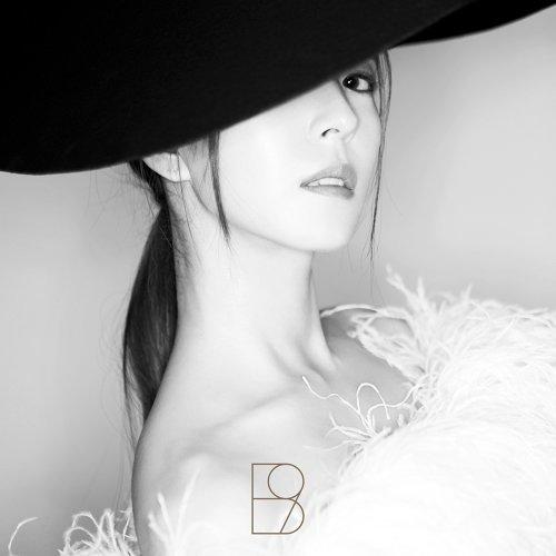 WOMAN - 第九張正規專輯