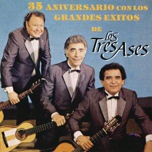 35 Aniversario Con los Grandes Éxitos de los Tres Ases