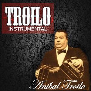 Troilo Instrumental (Instrumental)