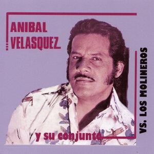 Anibal Velasquez vs. Los Molineros