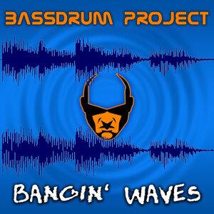 Bangin' Waves