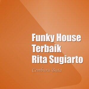 Funky House Terbaik Rita Sugiarto