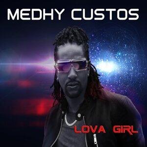 Lova Girl