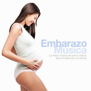 Embarazo Música: La mejor música de piano clásico para el bebé aún no nacido