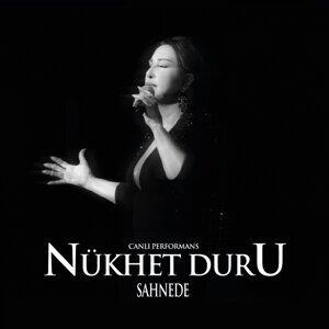 Nükhet Duru Sahnede - Live