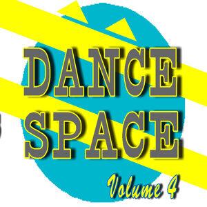 Dance Space, Vol. 4