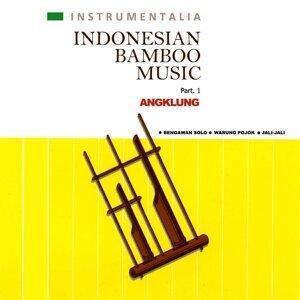 Instrumentalia Indonesian Bamboo Music: Angklung, Pt. 1