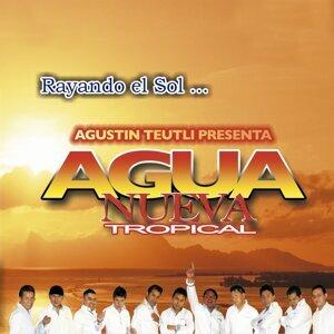 Rayando el Sol - Agustín Teutli Presenta