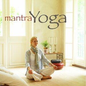 Mantra Yoga – Musica Rilassante per Kundalini Yoga, Rilassamento e Meditazione