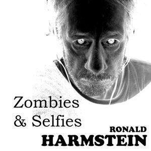 Zombies & Selfies