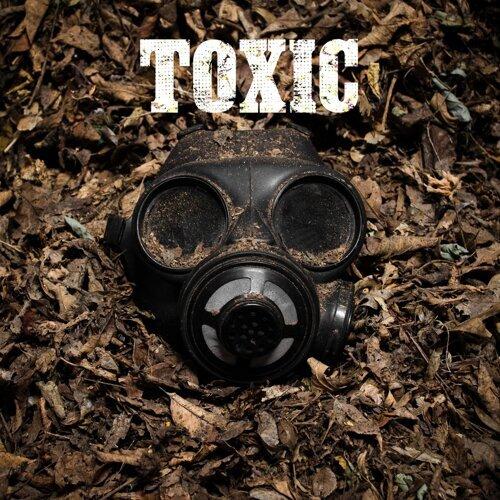 Toxic (Acoustic) [feat. Cassa Jackson]