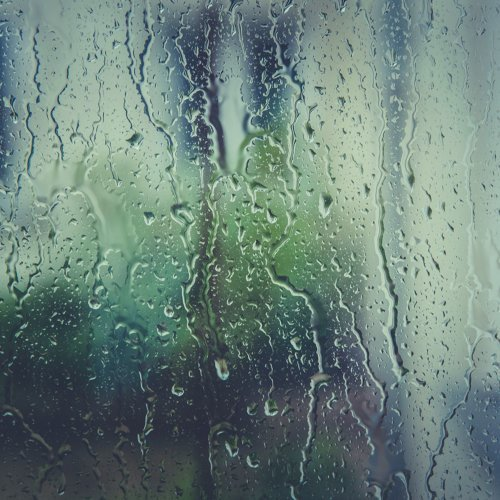 35 Night-time Rainstorms to Sleep and Relax