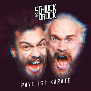 Rave ist Karate