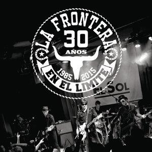 30 Años En El Límite - 1985 - 2015