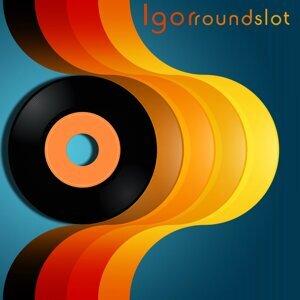 Round Slot