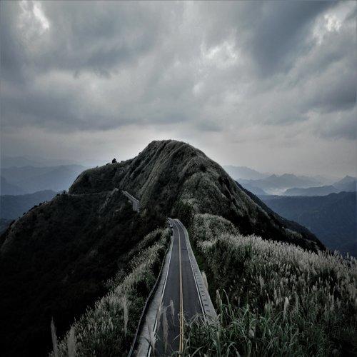 路 (Road)