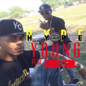 Hype (feat. BlaŻe)