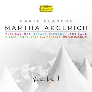 Carte Blanche - Live