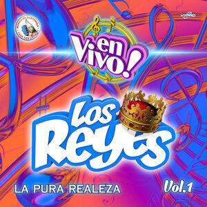 La Pura Realeza Vol. 1. Música de Guatemala para los Latinos (En Vivo)
