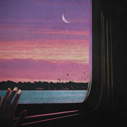 Traingazing
