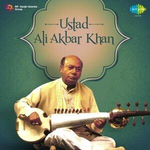 Ustad: Ali Akbar Khan