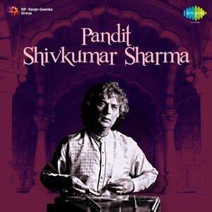 Pandit: Shivkumar Sharma
