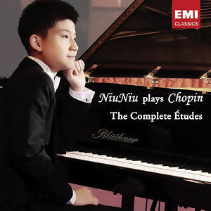 Niu Niu plays Chopin:  The Complete Études