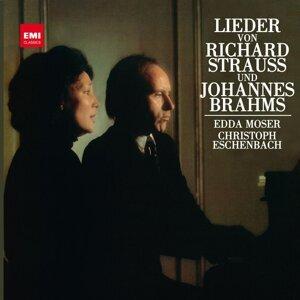 Brahms & Strauss: Lieder