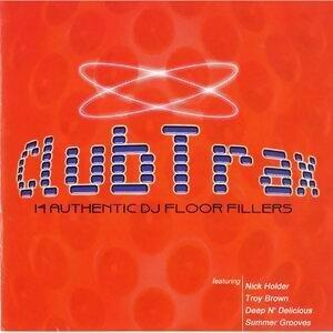 Club Trax - 14 Authentic DJ Floor Filler