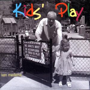 Kids\' Play