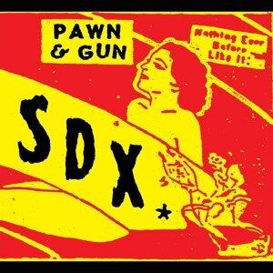 Pawn and Gun