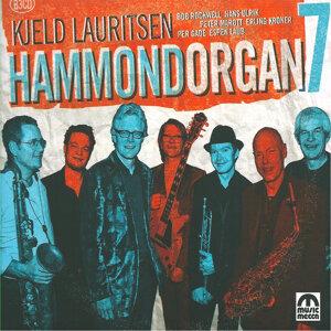 Hammond Organ 7