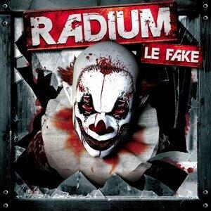 Le Fake