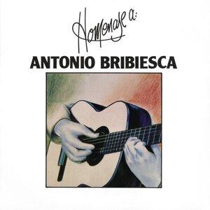 Homenaje a Antonio Bribiesca