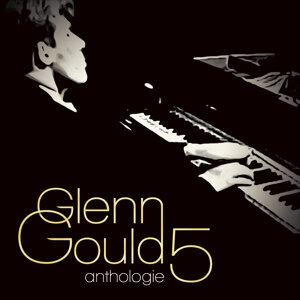 Glenn Gould Vol. 5 : Concerto Pour Piano N° 1 / Concerto Pour Piano Op. 42