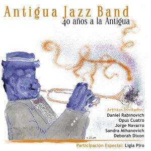 40 Años A La Antigua