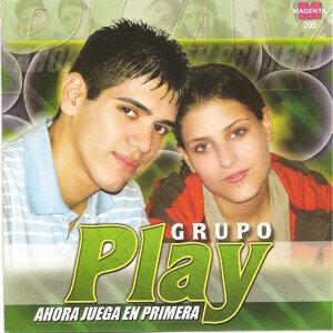 Grupo Play - Ahora juega en primera