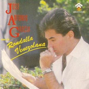 José Antonio García con la Rondalla Venezolana